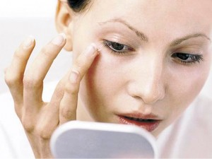 Beauty Tips For Under Eyes