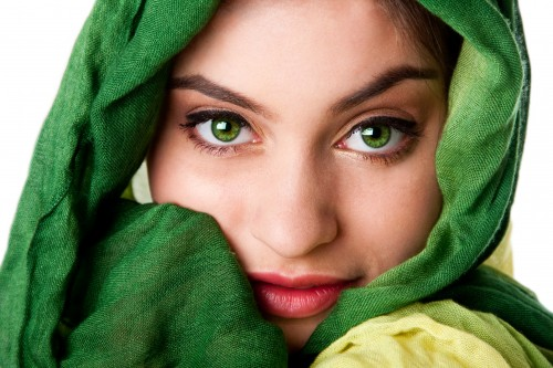 Beauty Tips For Green Eyes